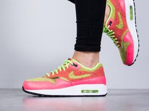 Women's Nike Air Max Shoes - Size 7.5