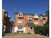 1 BED 2nd FLOOR FLAT IN N11, CLOSE TO LOCAL SHOPS AND NEW SOUTHGATE BR & ARNOS GROVE TUBE STATION