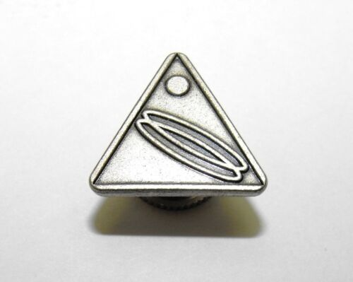 Please Me Help Identify This Vintage Mystery Triangular Lapel Pin,