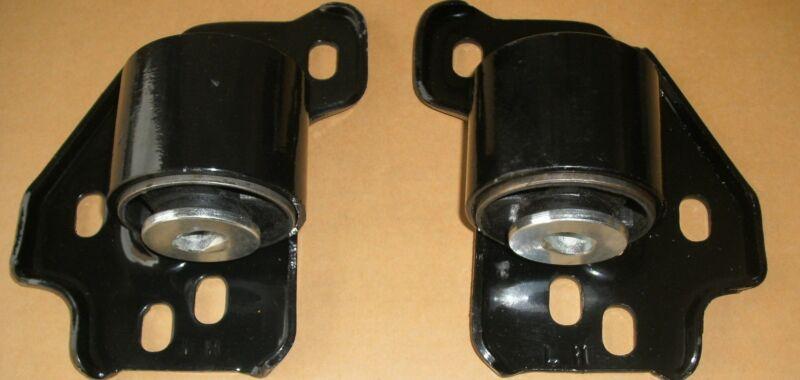 2005-2011 LINCOLN TOWN CAR LOWER CONTROL ARM MOUNT BUSHING BOTH LH & RH NEW