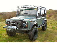 Defender 90, Fully kitted with winch, full body protection bars, snorkel, rock sliders, LED lights
