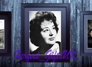 HATTIE-JACQUES-CARRY-ON-FRAMED-MOUNTED-SIGNED-10x8-REPRO-PHOTO-PRINT