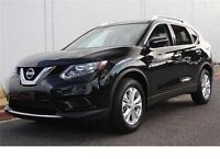 2015 Nissan Rogue S FWD, RearView camera, Bluetooth, ABS, Tracti