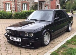 LOOKING FOR BMW E30
