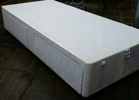 Single divan bed with 2 drawers. In used good condition. A separate mattress is available if wanted.