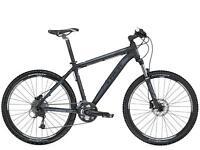 TREK 4500D, 21 Inch Mountain Bike. Matte Black, Used twice.