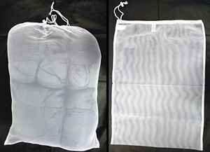 SET-OF-3-NEW-ARMY-SURPLUS-NET-MESH-LAUNDRY-BAGS-X-LARGE-70x50-CM-DRAWSTRING-NECK