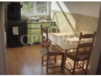 £410 pw | A lovely 2 bedroom flat to rent on Caledonian Road. Electricity and water included.