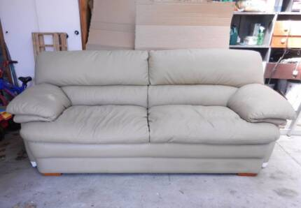 3 seater leather sofa couch Chadstone Monash Area Preview
