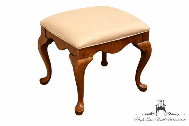 """THOMASVILLE FURNITURE Fisher Park Collection 21"""" Vanity Bench 24931-905"""
