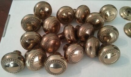 Solid brass knobs x18 Gainsborough (kitchen, cupboard, drawers