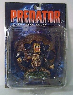 Predator Un-masked Figure Wall Relief X-plus Toys