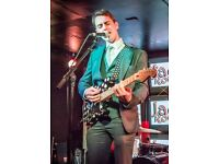 Pub Performer (Guitar & Vocal)