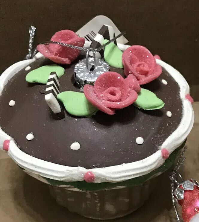 Rose, Chocolate Cupcake Christmas Tree Ornament, Bakery, Decorated