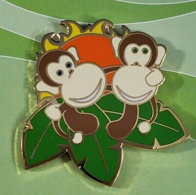 """Vintage Disney """"Smile Means Friendship"""" Small World Michael Cole Signed LE Pin"""