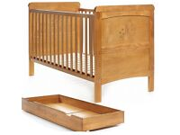 Cot bed / junior bed Winnie the Pooh