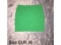 Size 10 | H&M | Mini Skirt