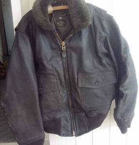 UNISEX U.S.A. AIR FORCE PILOT'S LEATHER JACKET. Ipswich South Preview