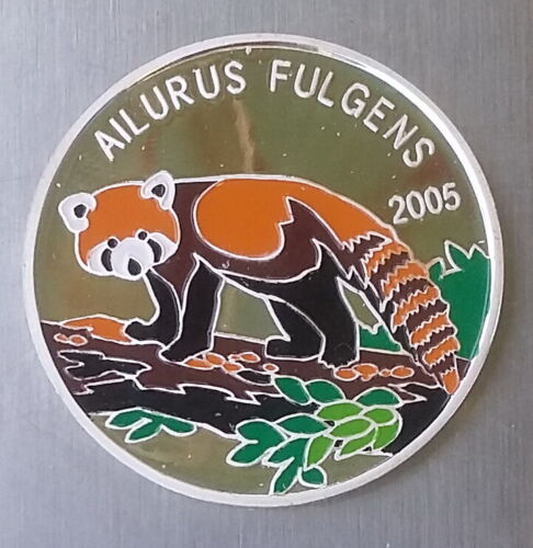 2005 Korea 5 Won RED PANDA Bear Ailurus Fulgens FAUNA Colour Proof Silver 999