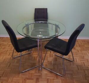 Dining Table And 4 Chairs Tables Sets Ottawa Kijiji Rh Ca Formal Room Chair