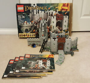 Complete Lego Set - The Battle of Helm's Deep (9474)