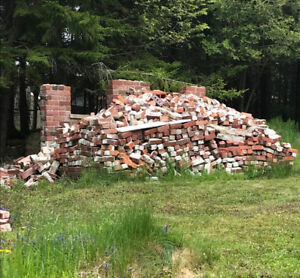 FREE RECYCLED RED BRICKS!