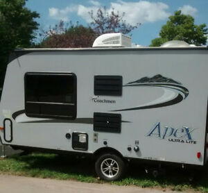 Coachmen Apex Ultra Lite Hybird trailer