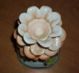 Fine Porcelain candle holder Cambridge Kitchener Area image 1