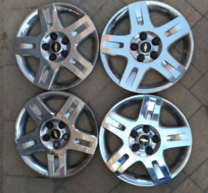 Chevrolet 16 inch wheel covers (set of 4)