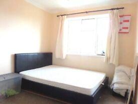 Two Bedroom Flat Heathrow