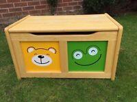 John Lewis Four Friends Toy Box