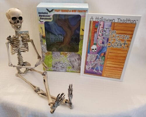 """The Skeleton In The Closet Hardcover Book & 19"""" Moveable/Poseable Skeleton - NIB"""
