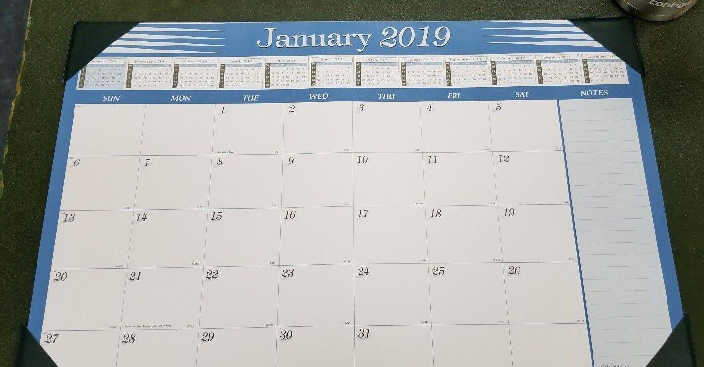 """2019  Compact Desk Pad Calendar 11"""" x 17"""""""