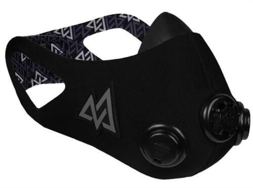 Training Mask 2.0 Blackout Mask Performance Breathing Trainer Black  Medium