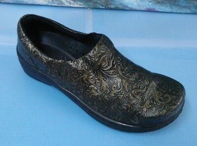 Klogs Clogs Women's Nursing Paisley Print Brown Slip-on shoes Sz 8