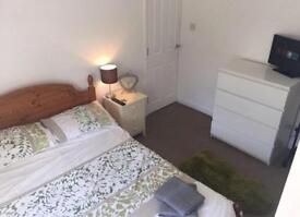"Gorgeous double room to rent on the botley Rd ""no agency"""