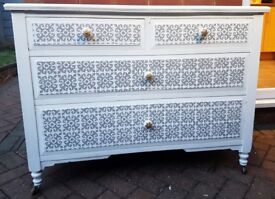 Large Vintage Shabby Chic Solid Wood 2+2 Chest of drawers. White and grey Moroccan style.