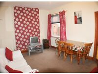 Double rooms, Beeston from £303 including some bills wifi + cleaner!