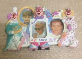 Plaster Clown theme 3 section Photo Frame