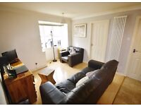 ***SPACIOUS ONE BED APARTMENT BIG STORAGE!! PARKING INCLUDED! next to station***