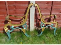 (#776) vintage pair of garden cast iron bench ends (Pick up only, Dy4 area)