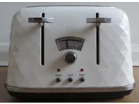 De'Longhi Brillante Toaster
