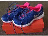Ladies Nike Trainers UK Size 4