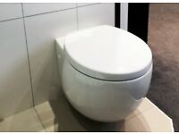 Villeroy & Boch Aveo Wall Hung WC with Seat **EX DISPLAY**