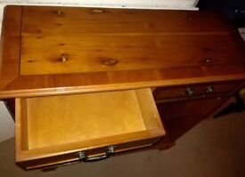 Good quality Wooden Cabinet for sale