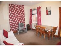 Double room available in Beeston from £281 including some bills wifi + cleaner!