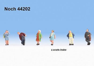 Noch 44202 Z Scale Figure Set Strollers Walking Passers-By *NEW $0 SHIPPING