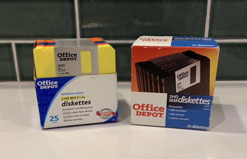 """Lot (2) Office Depot 2HD IBM Formatted 3.5"""" Diskettes 1.44 MB (2 x 25-Pack = 50)"""