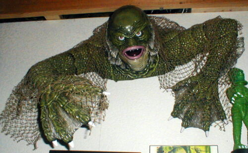 CREATURE FROM THE BLACK LAGOON PROP MIB RUBBIES