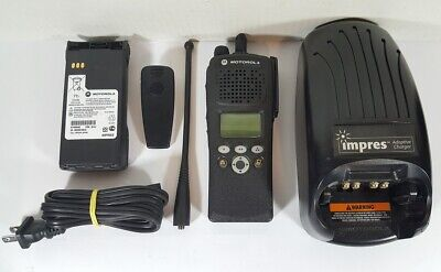 Motorola Xts2500 Uhf 380-470 Mhz Military Police Fire Ems Digital Two-way Radio